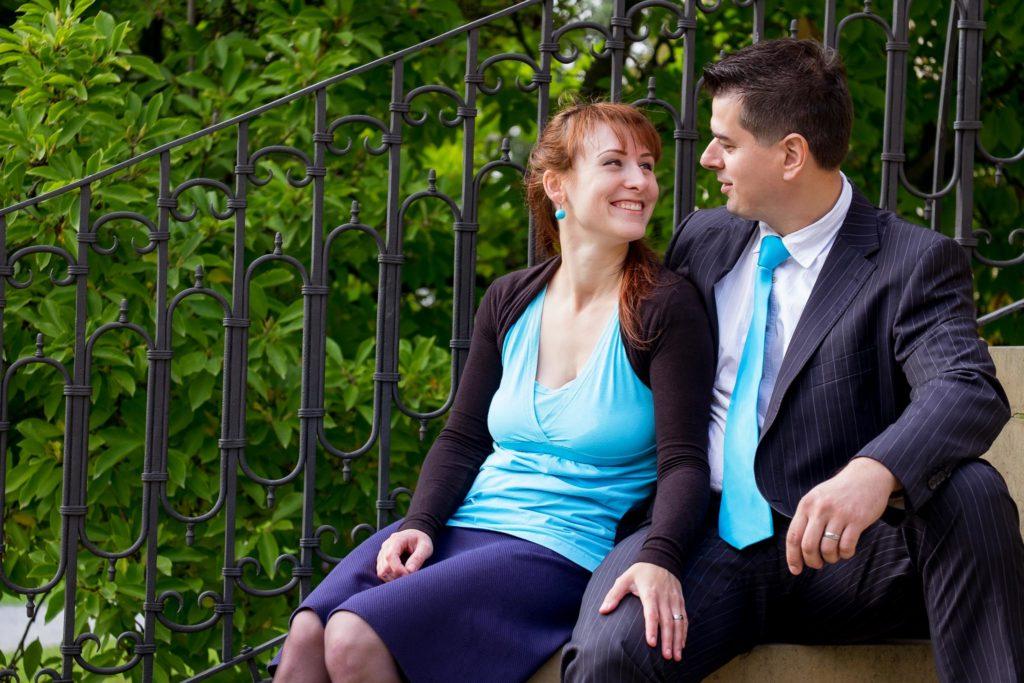 Focení výročí svatby v zámeckém parku Čechy pod Kosířem - rodinný fotograf Vysočina, www.originalfoto.cz